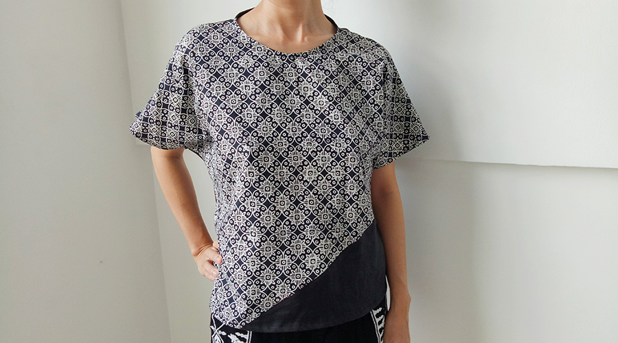 Modern-Batik-Top1