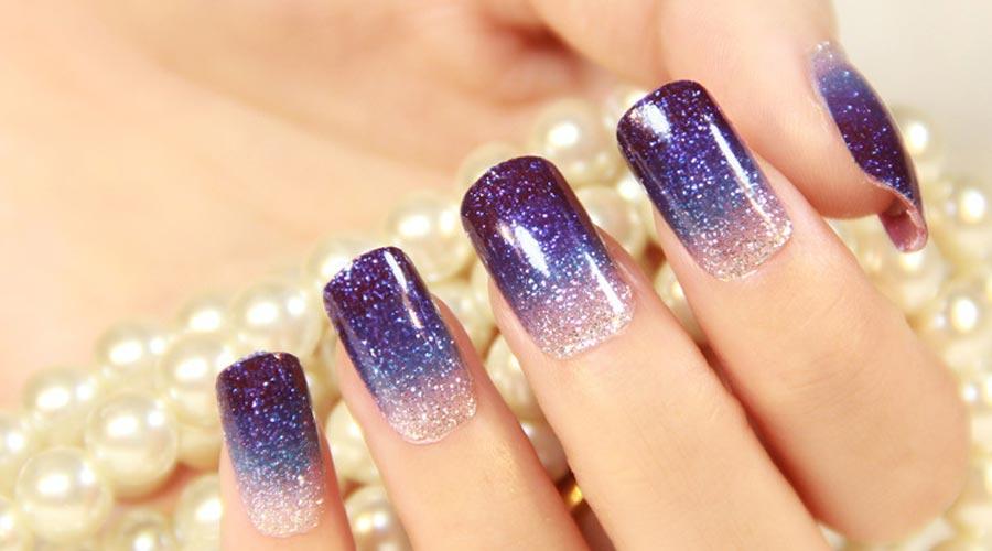 gradation-polkadot-nail